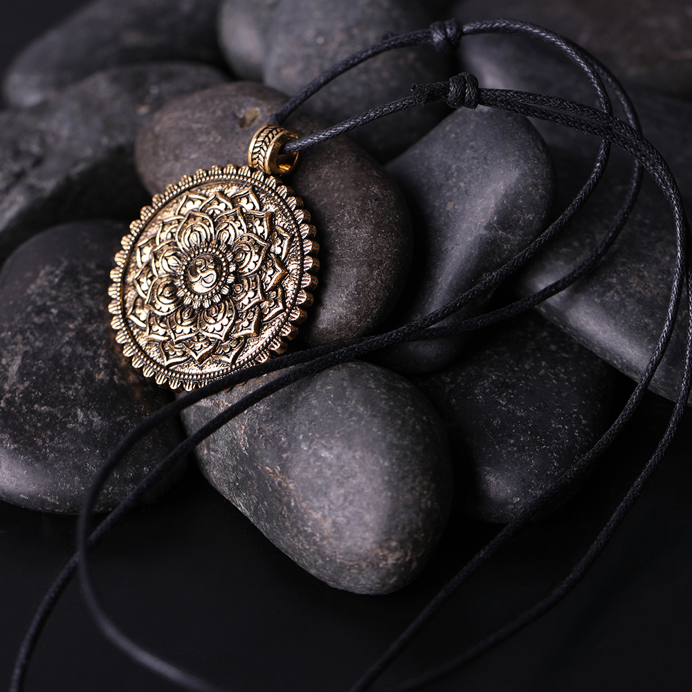 Women's Sacred Flower of Life Necklace 3