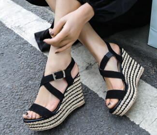 2019 estate nuovo pendio con sandali delle signore di spessore inferiore della piattaforma della piattaforma impermeabile scarpe semplici sandali di modo2019 estate nuovo pendio con sandali delle signore di spessore inferiore della piattaforma della piattaforma impermeabile scarpe semplici sandali di modo
