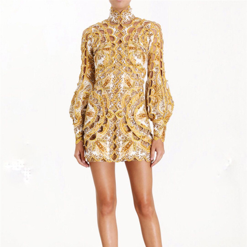 2019 Runway Designer Print Hollow Out Rivet Woman Gold Mini Dress High Waist Lantern Sleeve Short