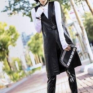 Image 4 - Женский длинный жакет из натуральной кожи, черный облегающий тренчкот из натуральной овечьей кожи с поясом, уличная одежда для лета, 2019