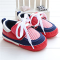 2016 El Más Nuevo Bebé de La Muchacha Primer Caminante Zapatos Rayados Antideslizante Suela Blanda Cuna Infantil Niños Bebé Zapatillas de Lona Chaussures Fille