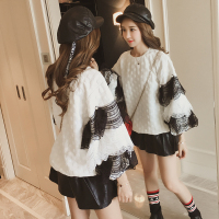 2017 Large size women autumn new lace pearl sleeves loose sets of sweet T shirt