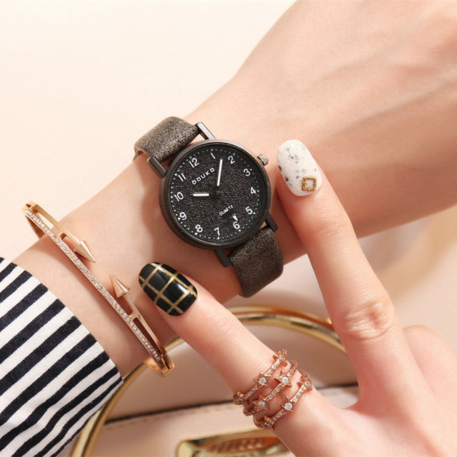 2018 Hot Sale Teen Child Watches Free Shipping Cute Clock Kids Watch Phone Gifts for Boys Children's Wrist Watch Simple