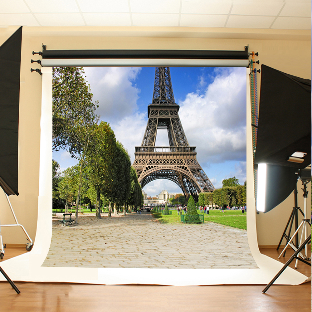Wedding Photography Background Tower of The Grass Photo Booth Backdrops Blue Sky and White Clouds Backgrounds for Photography