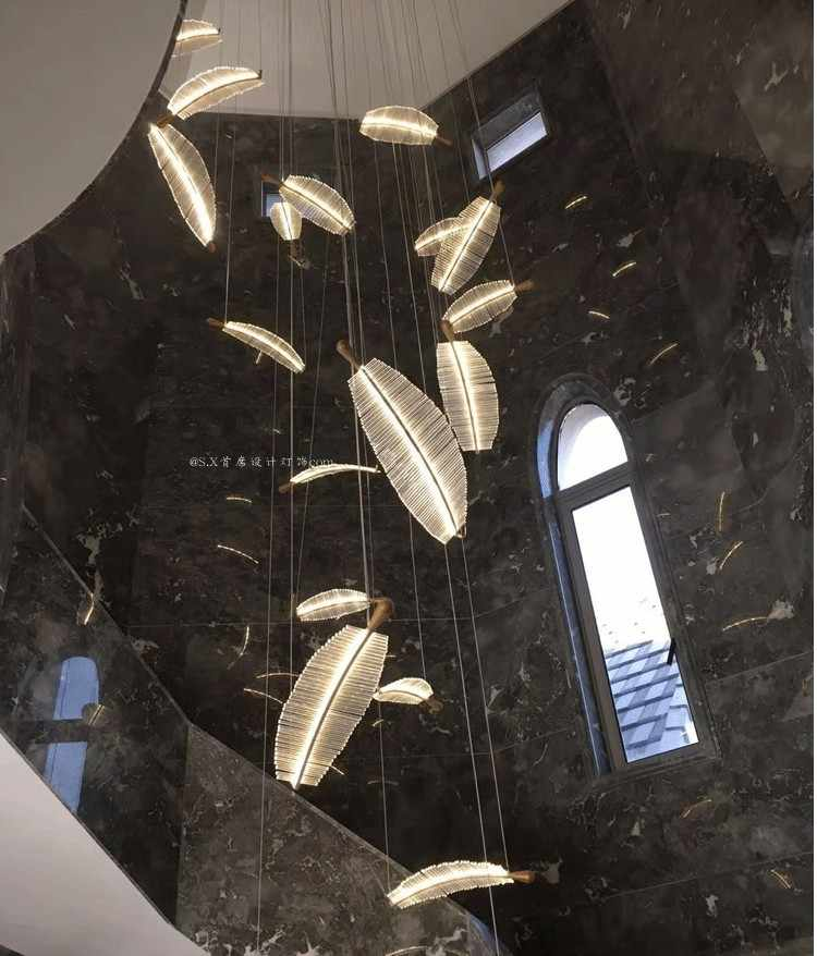 מלון מותאם אישית שאינו סטנדרטי קניון מכירות משרד חול שולחן דופלקס בניין וילה מסדרון נוצת עלה אמנות נברשת