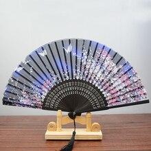 Abanico decorativo de estilo chino para mujeres para baile, fiesta, Cosplay, abanico plegable de seda Vintage, abanico de bambú para niñas, decoración para el hogar