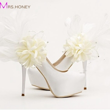 Sweet Floral Feather Bridal Shoes Fashion Stiletto Heels Platforms Party Shoes White Satin Wedding Dress Pumps Bridesmaid Shoes