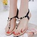Sandalias de las mujeres 2016 Del Verano Zapatos Casuales Mujeres Tanga de Cuentas Rhinestone Sandalias Planas Cómodas de Gran Tamaño Zapatos de Las Mujeres 35-42