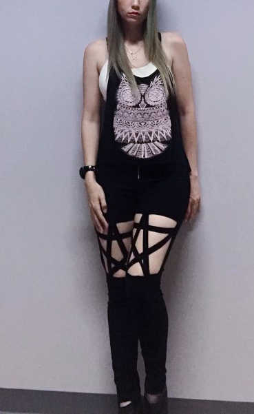 Thời trang Gothic Punk Quần Phụ Nữ Xà Cạp Hollow Ra Năm Cánh Sao Harajuku Quần Thời Trang Dạo Phố Đen