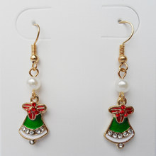 {2019 Celebrate Christmas ,women new Christmas earrings ,Set auger little red flower adornment green Christmas hats pendant .(China)