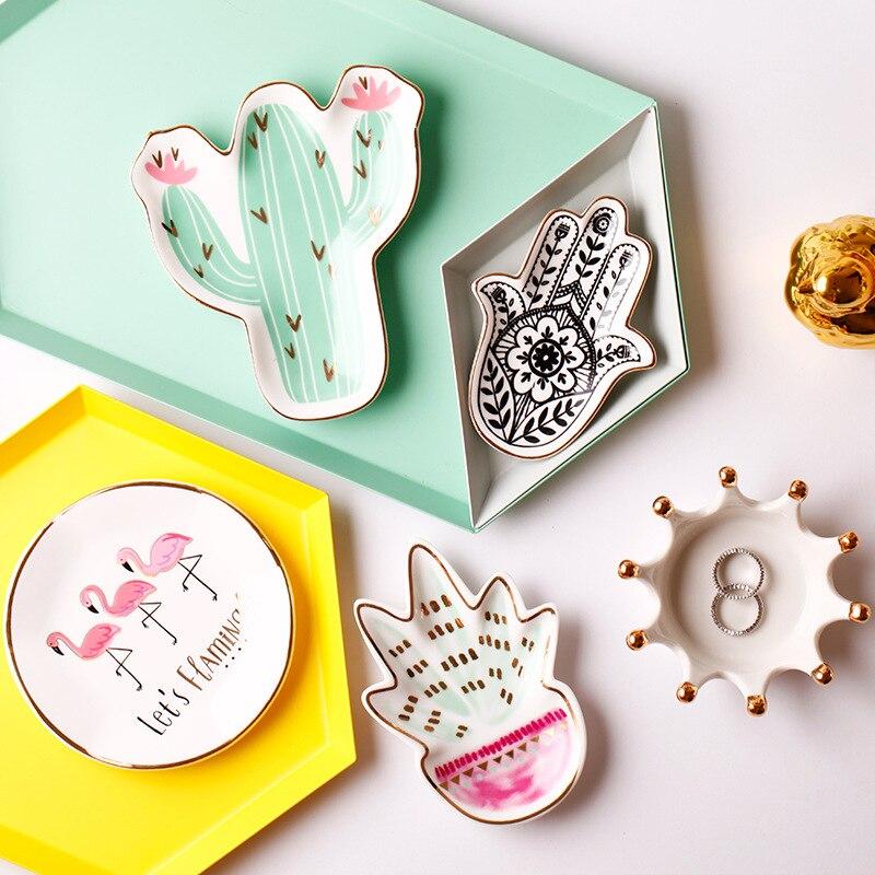 1 Pcs Mini Creative Ceramic Plate Flamingo Cactus Hand Painted Jewelry Decoration Storage Holder Candy CakeTray