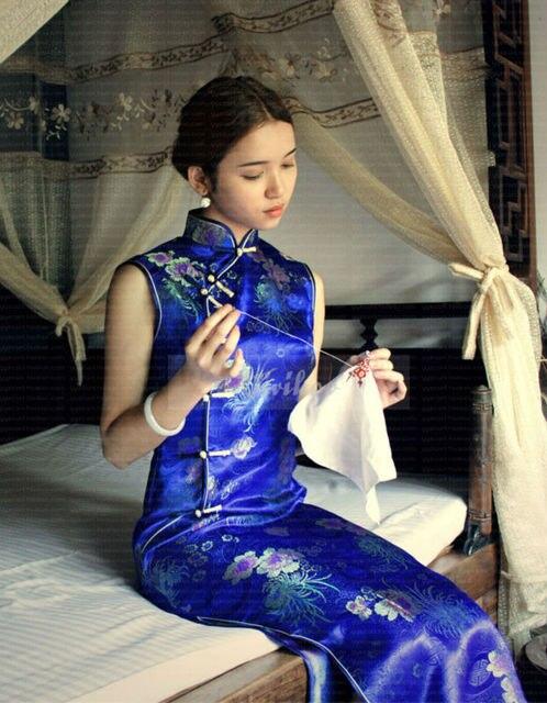 2016 New Embroidery Print Zipper Sleeveless Ankle-Length Silk Satin Women Vintage Elegant Theme Party Cheongsams Dress 5 Styles