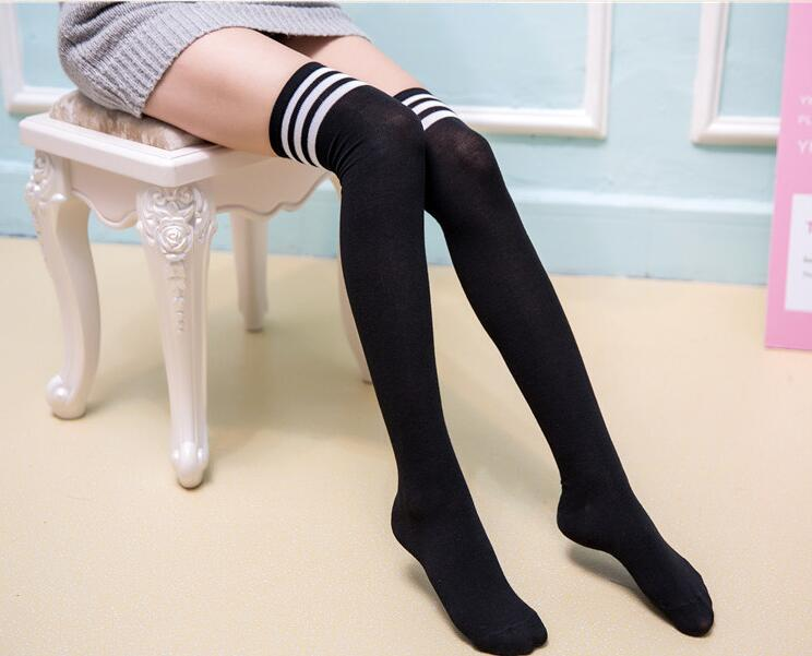Ms. winter Knee High Socks three Japanese students bar stockings
