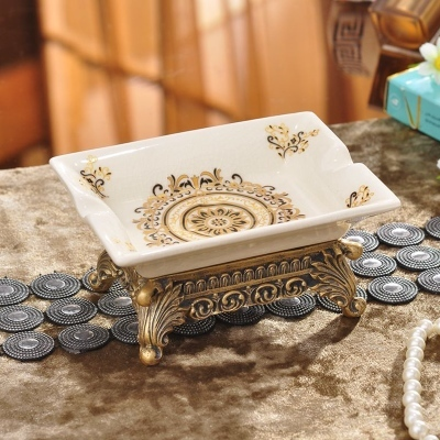 Retro Floral Patterned Ceramic Soap Dish