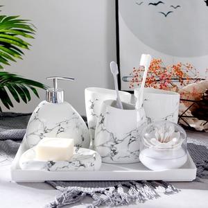 Image 2 - Jeu daccessoires de salle de bain en céramique