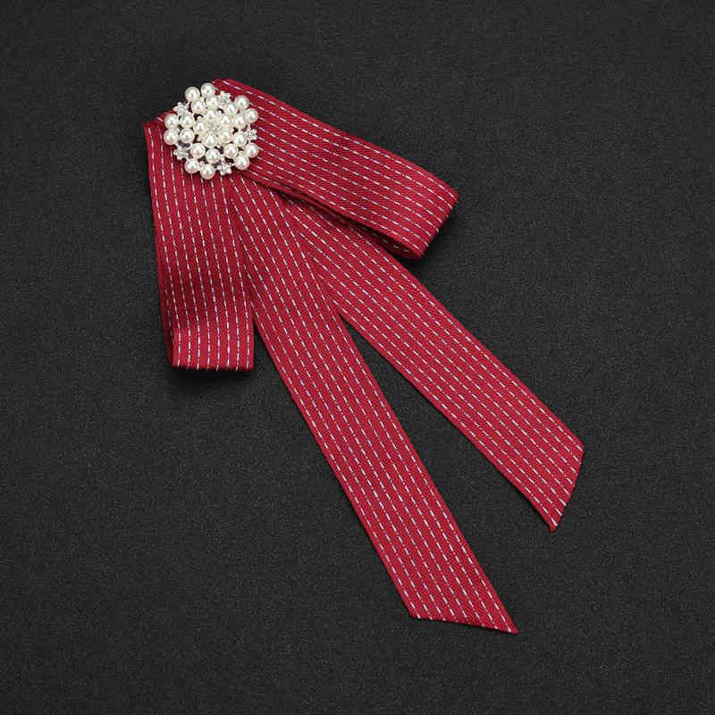Iperbole fashion design college style colorful big Bowknot collare falso cravatta fiore della perla di fascino lungo Spilla monili delle donne