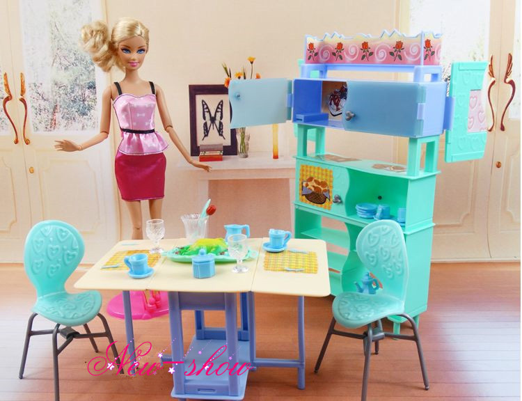 Green Dining Table Showcase Set / Dollhouse Dining Room Furniture Cup Chair Accessories for Barbie Kelly Ken Doll Girls Gift