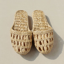 AGESEA fashion casual women's men's straw slippers handmade Chinese sandals XL 34-44 unisex summer home shoes new couple shoes 1