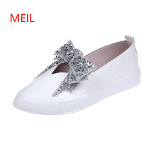Leather Flat Shoes for Women 2018 Summer Autumn Fashion Casual White Loafers Platform Shoes Female Crystal Bow Tie Muffin Shoes women s slippers fashion casual all match bow tie flat shoes