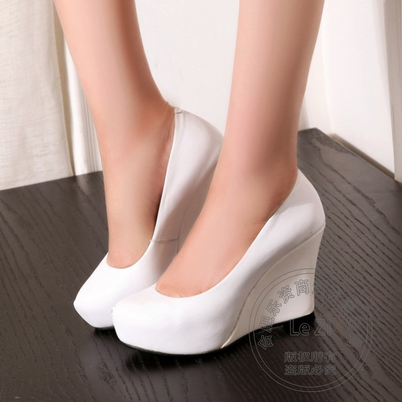 ФОТО 2016 Black White Pointy Pointed Toe Genuine Leather Slip On Thick Soled Wedge Women Pumps Dress Woman Shoes High Heels Platform