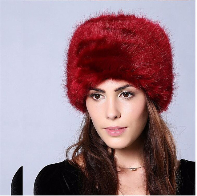 2a8b09193e2 Yyun Women s Winter Faux Fur Cossack Russian Style Hat Ladies Warm Fluffy Fake  Fur Cap with Quilted Lining