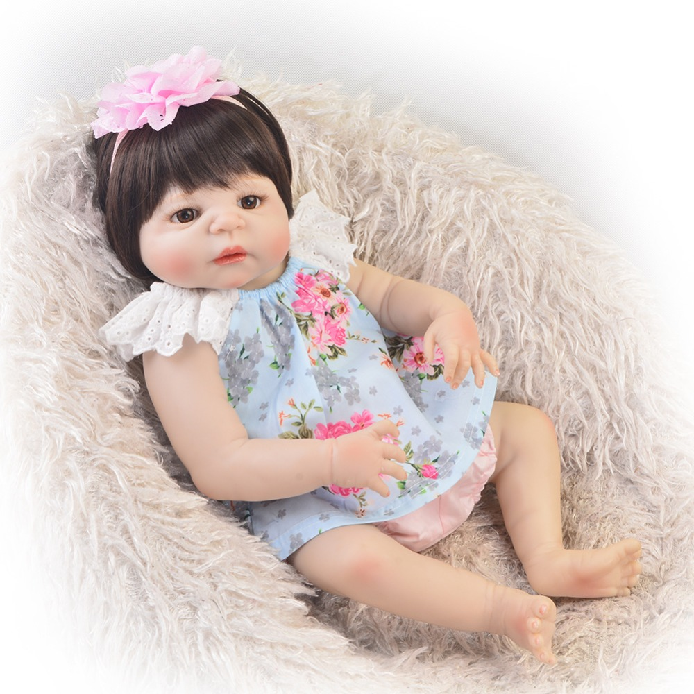 22inch Full Body Silicone Reborn Baby Doll Bath Toys Lifelike real baby girl Princess doll Bebes Reborn Bonecas22inch Full Body Silicone Reborn Baby Doll Bath Toys Lifelike real baby girl Princess doll Bebes Reborn Bonecas