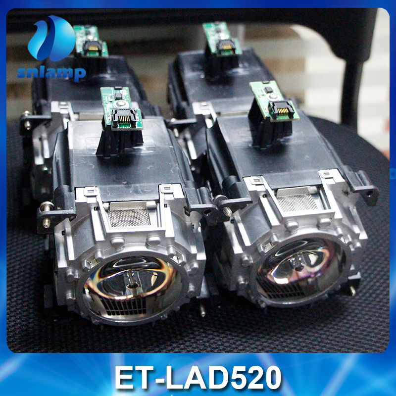 4pcs/Lot 100% Original Projector Lamp ET-LAD520 ET-LAD520C ET-LAD520FC with housing for PT-SRS11KC PT-SRZ12KC PT-SDW17K2C ect. original replacement bare bulb panasonic et lal500 for pt lb280 pt tx400 pt lw330 pt lw280 pt lb360 pt lb330 pt lb300 projectors