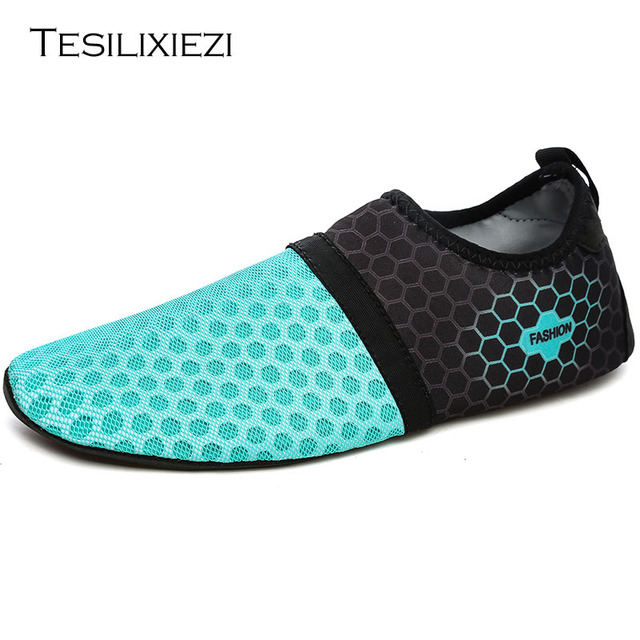 Fashion Men Women Beach Shoes Outdoor Swimming Water Shoes Adult Unisex Flat Soft Seaside Shoes