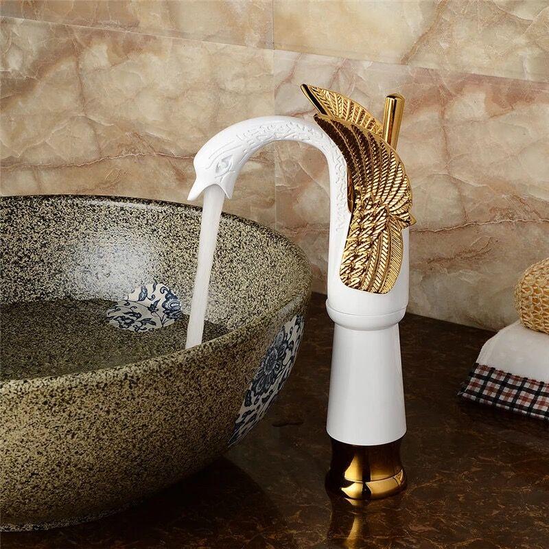 Luxury Swan Shape Brass Basin Sink Faucet Bathroom Single Hole Centerset Basin Mixer Tap Gold White