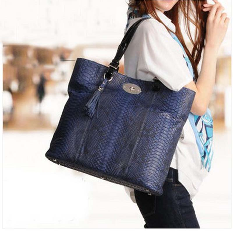 mengzhongmeng Diamond Python leather women handbag single shoulder bag fashion original color snake skin Casual  Messenger new yuanyu real snake skin women bag new decorative pattern women chain bag fashion inclined single shoulder women bag