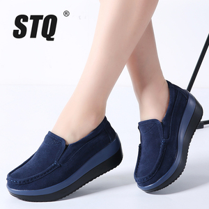 Image 1 - STQ 2020 Autumn Women Flat Platform Sneakers Leather Suede Moccasins Shoes Ladies Blue Casual Oxford Shoes Slip On Flats 3213