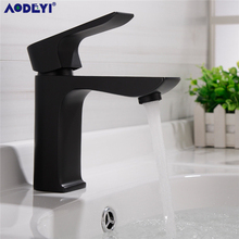 Solid Brass Bath Basin Faucet Cold and Hot Water Bathroom Faucets Mixer Tap Torneira for Sink Chrome & Chrome and White & Black