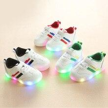 2018 Europos klasikinis Naujas prekės ženklas kūdikis laisvalaikio bateliai LED sportiniai bateliai berniukams mergaičių batai atsitiktiniai žėrintis kūdikių sportbačiai