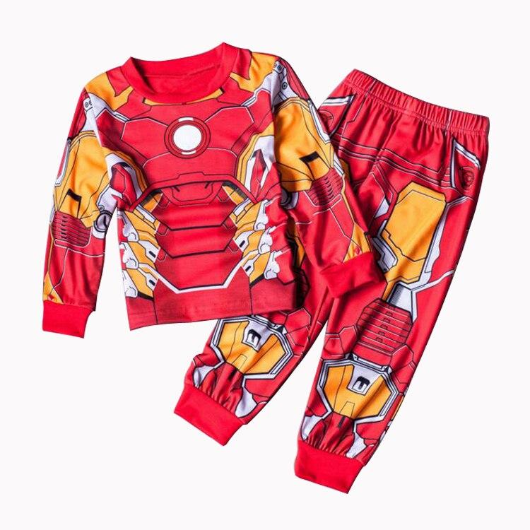f34fb2f91 Nuevo Iron Man Niños Conjuntos de ropa de bebé de algodón de primavera traje  para Niños Batman Camisas + Pantalones 2 unidades traje niños ropa