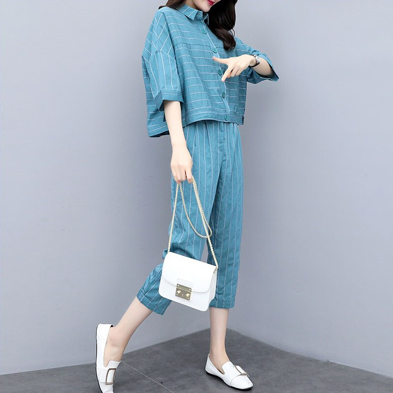 2019 Summer Blue Striped Two Piece Sets Outfits Women Plus Size 3/4 Sleeve Shirts And Cropped Pants Suits Casual Elegant Sets 27