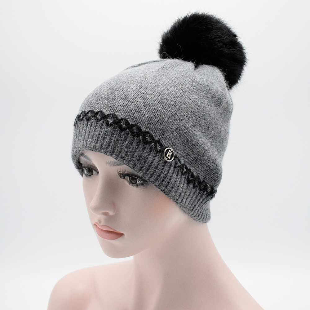 2017 Winter women s winter hat Rabbit fur wool knitted hat the female Girls caps with