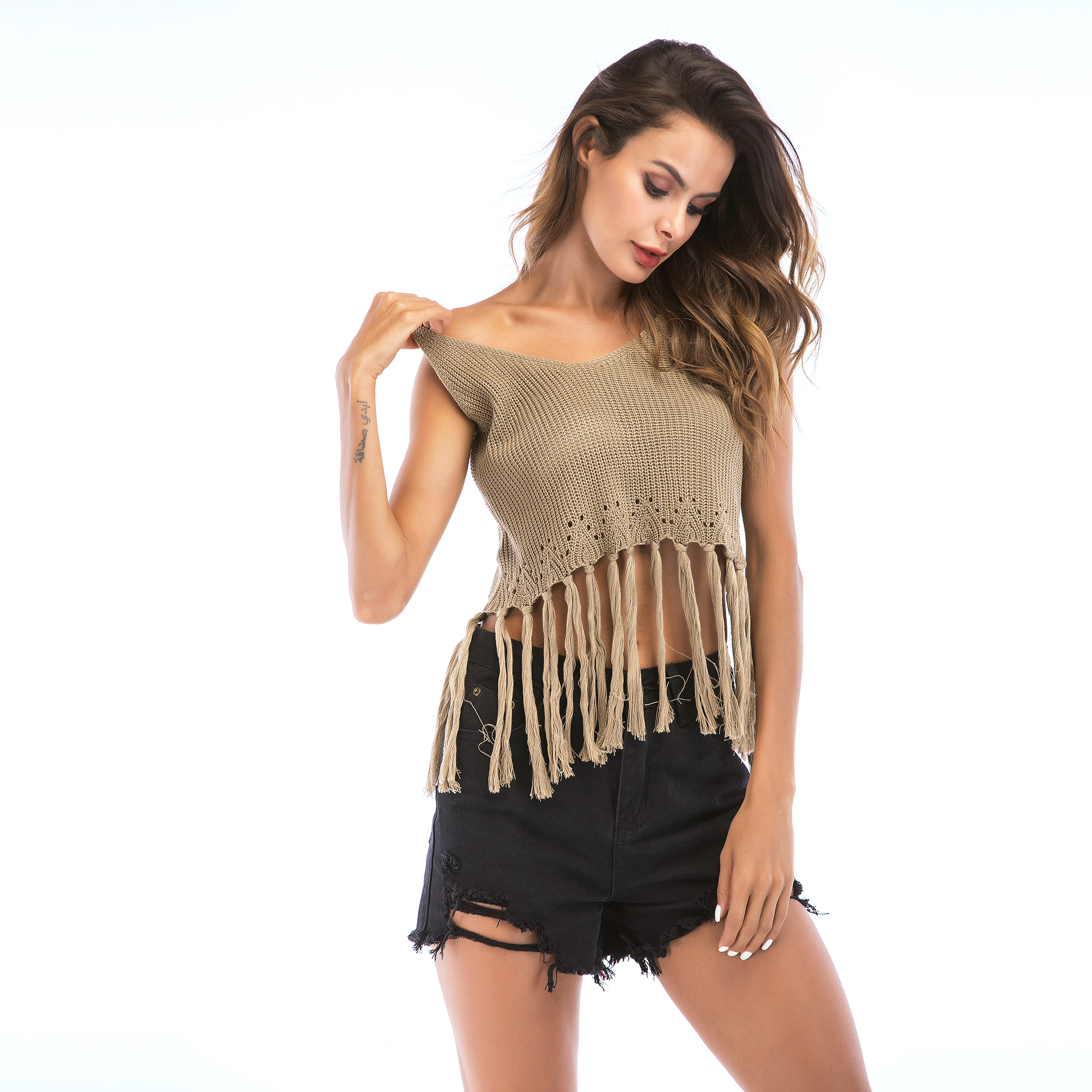 VZFF Women 39 s Sexy knitted camisole female summer 2019 short paragraph wild hook flower hollow tassel sleeveless shirt Cami Tops in Camis from Women 39 s Clothing