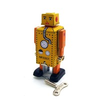 Creative Vintage Wind Up Tin Toy Baby Robot Models Child Clockwork Classic Toys Retro Reminiscence Kids