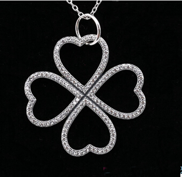329f21fe1 Petals Of Love Necklace 925 sterling silver clover pendant wirh Cubic  Zirconia NEW Compatible with silver Jewelry