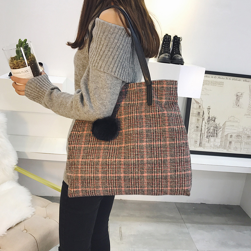 Bag female fashion casual handbag New delicate plush fresh style shopping bag shoulder bag