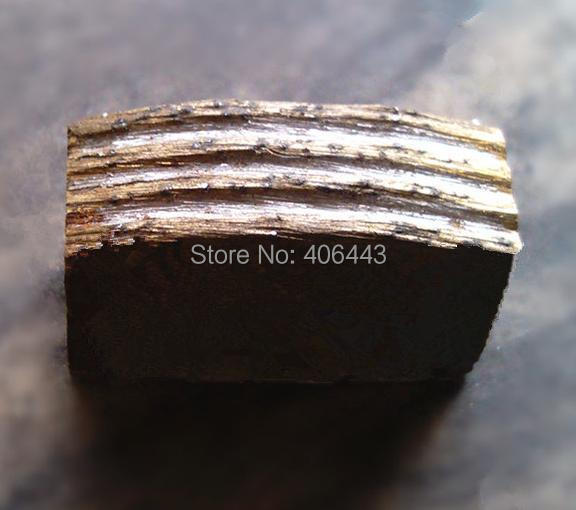 1200*24*8.8/8.2*17mm Durable Diamond Segments For Cutting Sandstone