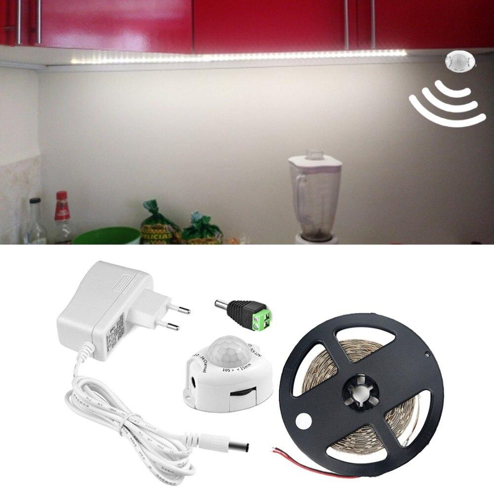 Capteur Lumières 5 M 300 Led S Sous Armoire Lumière Pir Détecteur De Mouvement Led Lumière Cuisine Placard Armoire Lampe 110 V 220 V-dc 12 V Magasin En Ligne