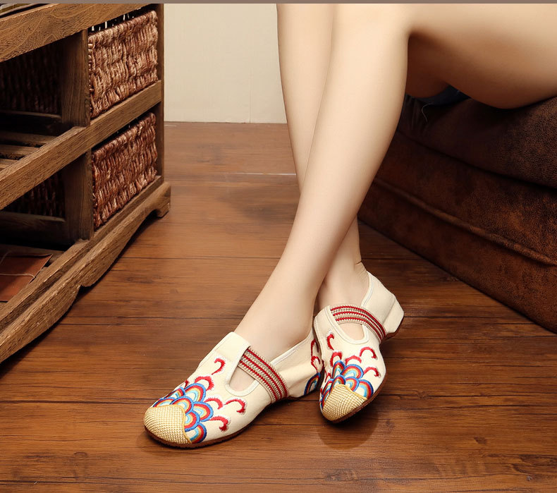 Genuine Folk Style Wedding Women Shoes Embroidered Canvas Shoes dance Embroidered Sneaker Shoes Square Dichotomanthes Bottom
