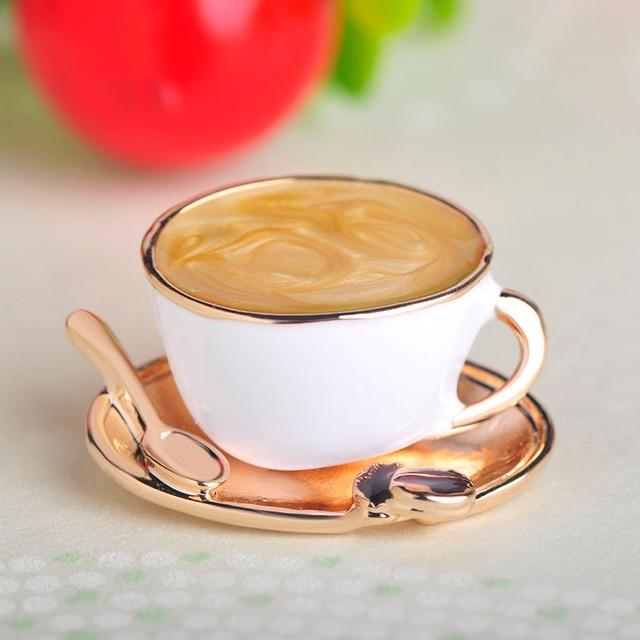 Blucome di Modo Cucchiaio Tazza di Caffè A Forma di Disco Spille Bianco Dello Smalto di Colore Dell'oro Spilla Spilli Degli Uomini Delle Donne Copre il Vestito Del Cappotto Accessori