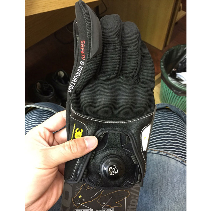 Men's Motorbike GK-164 3D Breathable <font><b>Motorcycle</b></font> <font><b>Gloves</b></font> Leather <font><b>Carbon</b></font> <font><b>Fiber</b></font> Motocross <font><b>full</b></font> <font><b>finger</b></font> Perforate Motocicleta Guantes