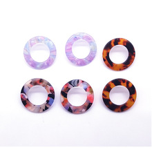 New Tortoiseshell Earrings for Women Hollow Circle Acrylic Leopard Small Bohemian Romantic Holiday Womens Accessories