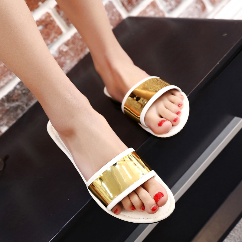 Slippers 2017 Summer Fashion Flats Flip Flops Female Gold Bling Cool Flats Slippers  Casual Sandals Beach Shoes Woman Slides lanshulan bling glitters slippers 2017 summer flip flops shoes woman creepers platform slip on flats casual wedges gold