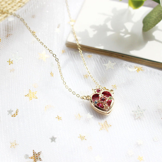 Hot Sale Sailor Moon Ami Regresa Metal Anime Pendant Necklace Cosplay Crown Heart Shaped Girls Jewelry Accessories