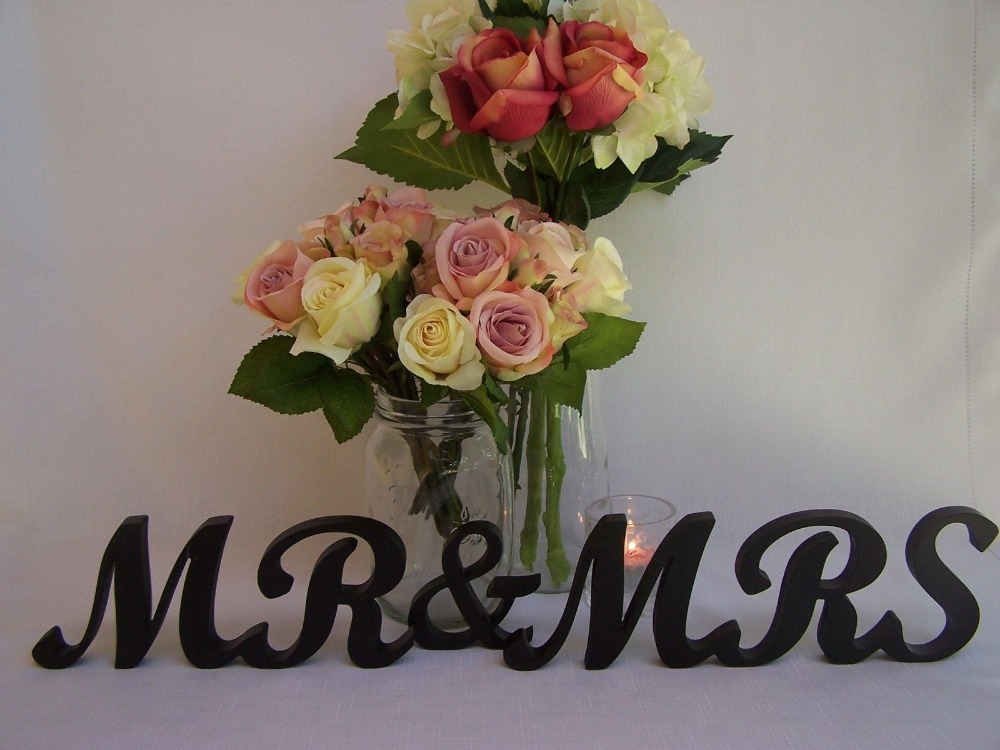 free shipping Wedding Mr & Mrs Wooden Letters Painted Black