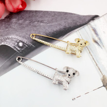 New Fashion Vivid Dog Brooches for Scarf Sweater Shoulder Collar Pins Jewelry Luxury Zircon Animal Brooch for Men Women Gifts